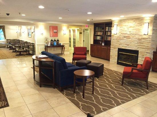Comfort Inn Auburn-Worcester: Lobby View