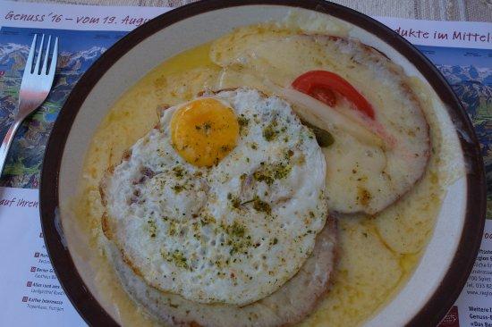 Alpenrösli: Käseschnitte mit Ei