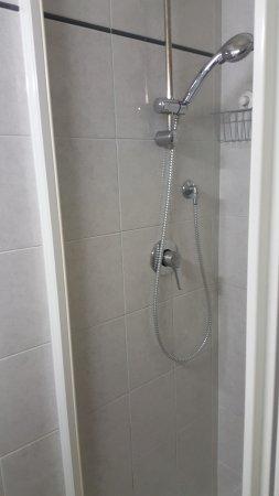 Guest House Benedetta: Ванная