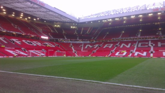 how to visit old trafford stadium