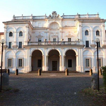 Villa falconieri frascati 2019 all you need to know for Ville classiche