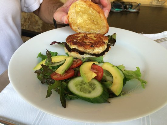 The Fort Printers: Chicken burger and salad