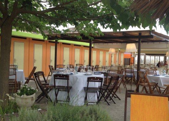 Bagno Mediterraneo Pinarella : Spiaggia 99 pinarella ristorante recensioni numero di telefono