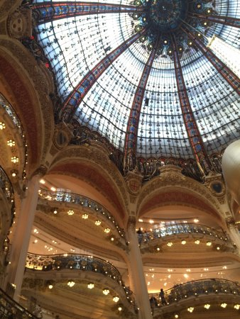 Gallerie lafayette one of oldest dept stores picture of - Office du tourisme et des congres de paris ...