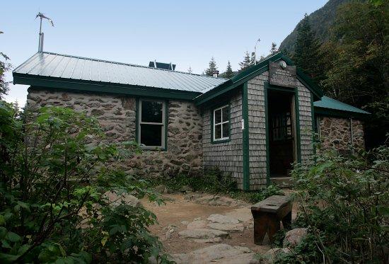 Carter Notch Hut