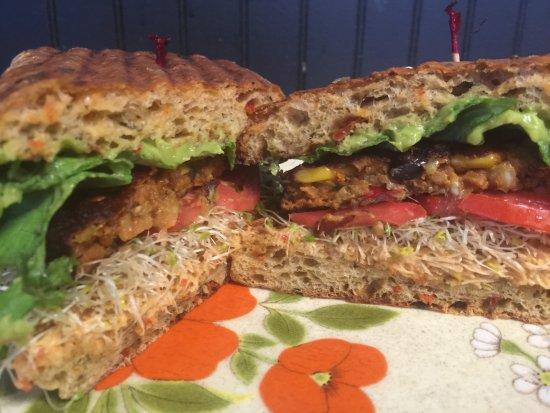 Cafe C : Grace's Garden Sandwich