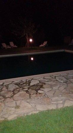 Pian di Sco, Italy: piscina by night