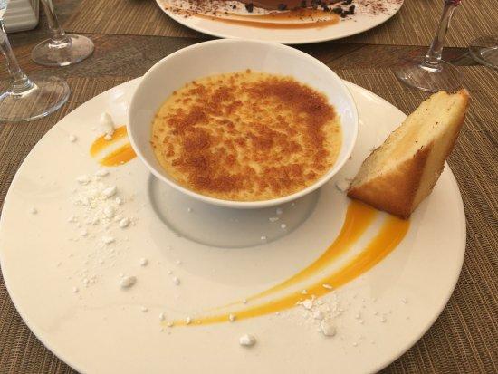 Saulx-les-Chartreux, Francia: La crème brulée, En flamboyance de fève Tonka, mini cake au citron
