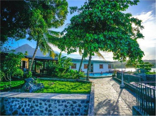 Isleta ikaria desde isletas de granada for Hoteles en granada con piscina climatizada