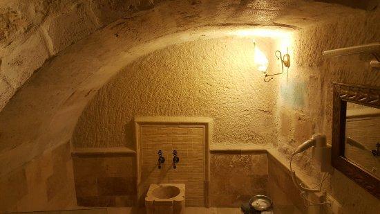 Jacob's Cave Suites