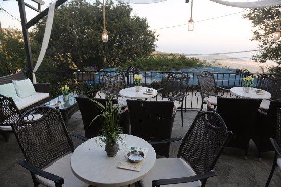 Makrinitsa, กรีซ: The terrace