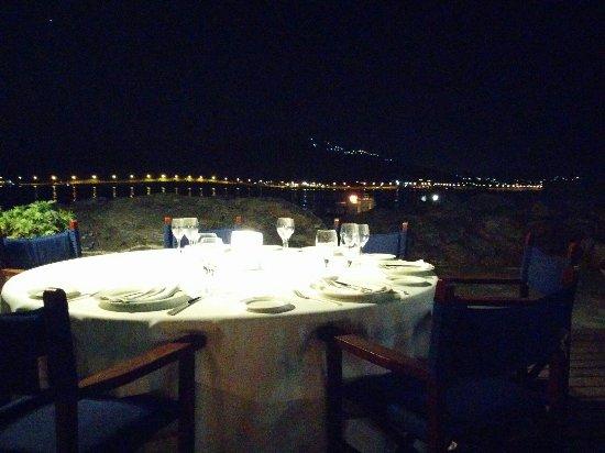 Lagonisi, กรีซ: Galazia Akti