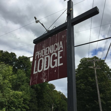 Phoenicia Lodge Photo