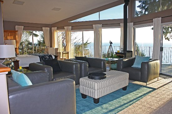 Beachside by the Bay: Grande Vista Suite