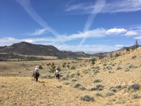 Dubois, WY: Big skies and sweeping vistas