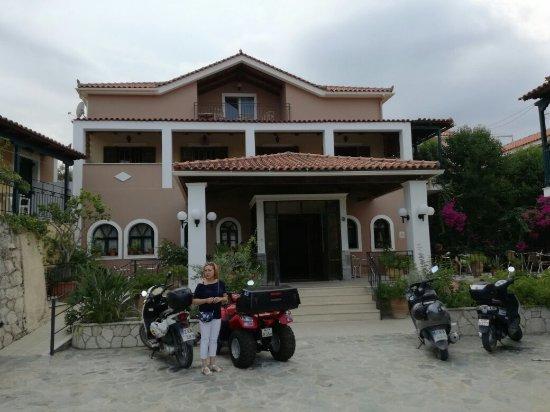 Krinas Aparthotel