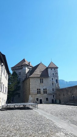 Chateau d'Annecy: 20160909_123652_large.jpg
