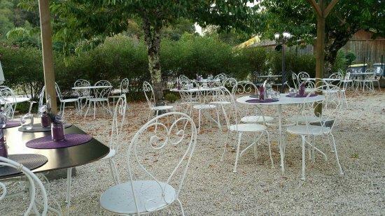 Couze-et-Saint-Front, فرنسا: Super resto !le cadre et magnifique. Les plats sont bon et originale !le personnel très pro !pou