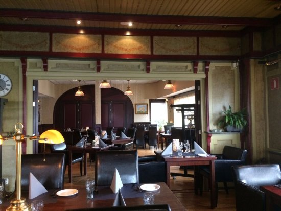Interieur - Foto van Restaurant Grandcafé De Kamer, Slagharen ...