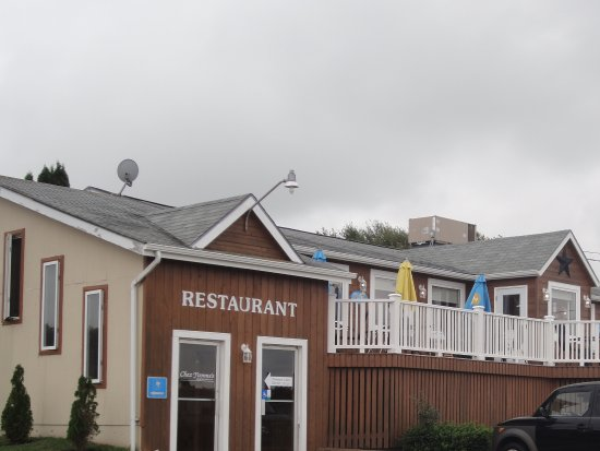 Chez Yvonne's: Exterior shot