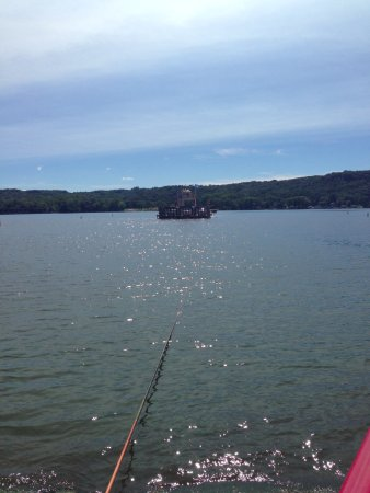 Merrimac, WI: Ferry crossing the WI River