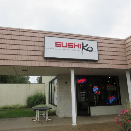 Sushi Ko, Metro Center, Peoria, September 2016