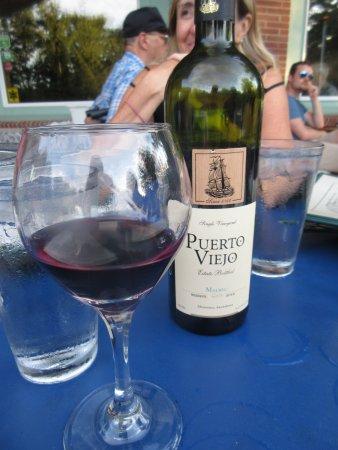 Harbert, MI: vino