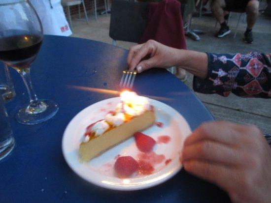 Harbert, MI: cake