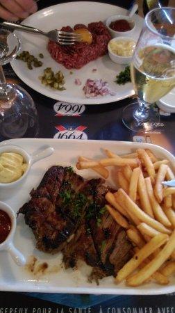 Chambly, Frankrijk: bavette frites et tartare