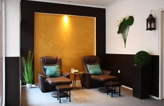 wartebereich picture of bangkok thai massage mainz tripadvisor. Black Bedroom Furniture Sets. Home Design Ideas