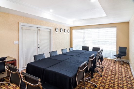 Comfort Suites Las Colinas Center: Meeting Room