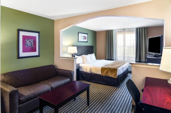 Comfort Suites Las Colinas Center: King Bed