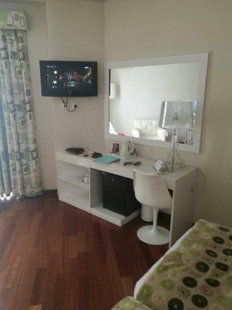 Hotel Florida: IMG_20160908_182223_large.jpg