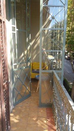 Aspasios Rambla Catalunya Suites: 20160906_125550_large.jpg