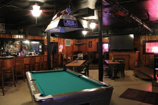Maquoketa, IA: Buffalo Room Bar lower level