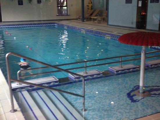 Oranmore, Irland: piscina al coperto