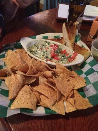 Vine Tavern & Eatery - Coralville