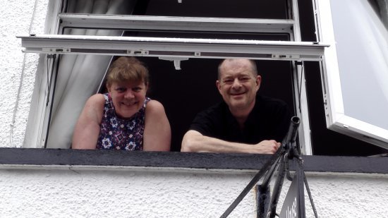 Lochcarron, UK: Owners Peter & Wendy, lovely people