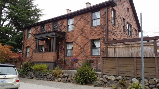 The Chelsea Station Inn is located in a vintage home built in 1927
