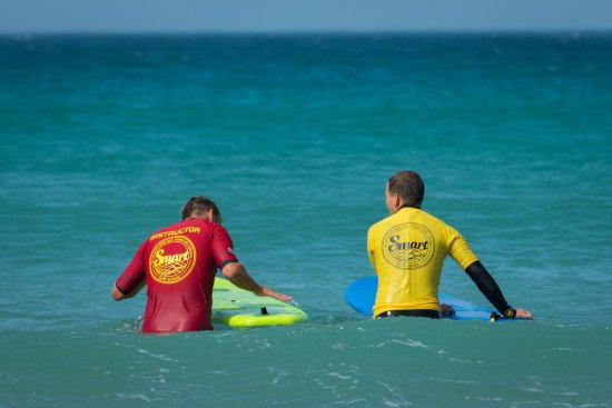 Smart Surf School: Getting some tips from Sam
