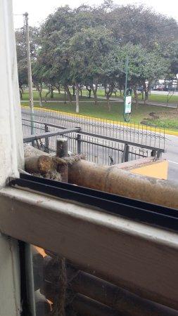 El Huarike: Ventana zona balcón.