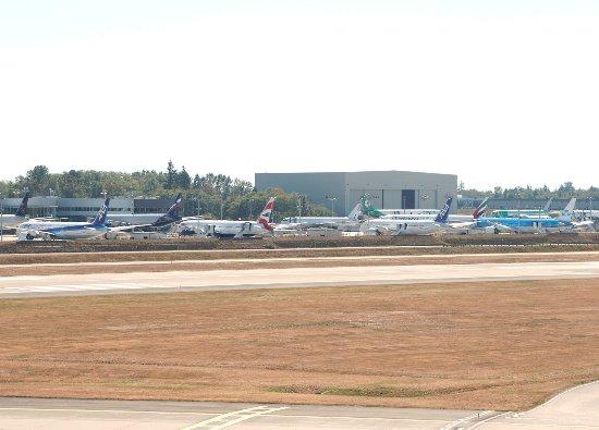 Mukilteo, WA: たくさんの787・777・747が並んでいます