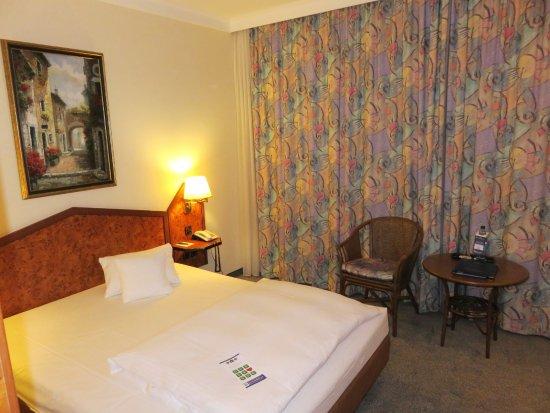 Best Western Hotel Am Drechselsgarten: Standard Queen Room Hotel Am Drechselsgarten (29/Jun/16).
