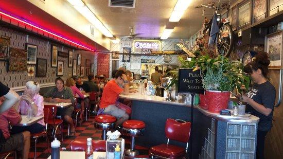 Oscar's Cafe: 20160909_103619_large.jpg