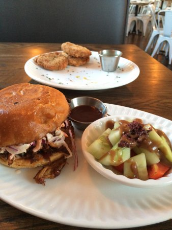 Ruckersville, VA: BBQ and FGT.