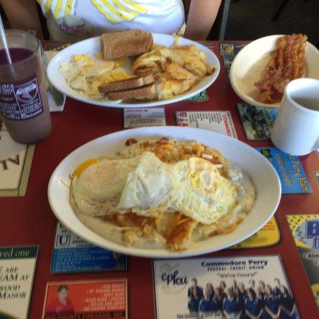 Ala Carte Cafe: photo1.jpg