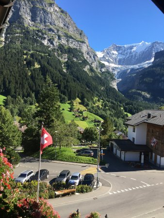 Hotel Gletschergarten: Glacier views from our balcony