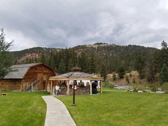 Gallatin Gateway, Montana: 20160903_191936_large.jpg