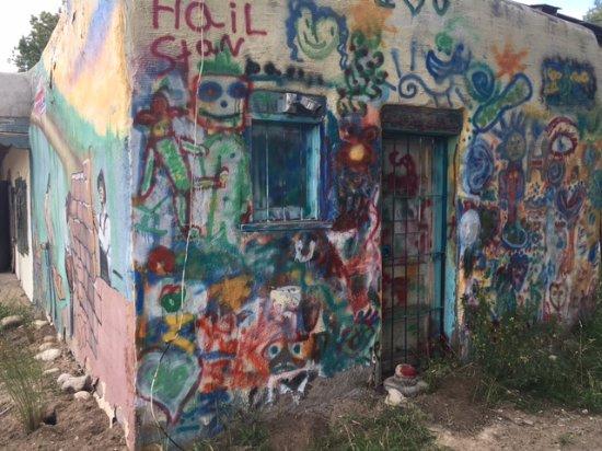 Penasco, NM: Outside Building