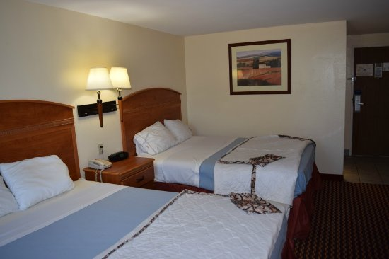 Americas Best Value Inn Jefferson City: 2 QUEEN ROOM